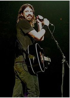 dave grohl photo:  dave11tn0.jpg
