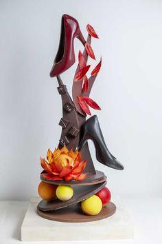 Fancy Food Presentation, Chocolate Showpiece, Homemade Chocolate, Valentines Day, Candles, Display, Cake, Desserts, Chocolate Art