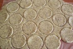 Islere cu crema de ciocolata - CAIETUL CU RETETE Deserts, Muffin, Cookies, Classic, Biscuits, Desserts, Muffins, Classical Music, Postres