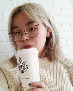 6c803c6b33d1 Coffe selfie - IG   alexemichaud