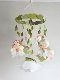 Fairy Baby Mobile – Cot Mobile – Crib Mobile – Flower Mobile – Felt Flowers – Bohemian Mobile – Girls Mobile – Baby Shower – Unicorn - DIY and Crafts Baby Mädchen Mobile, Cot Mobile, Baby Mobiles, Baby Car Mirror, Diy Cadeau, Diy Crib, Flower Mobile, Baby Box, Baby Fairy