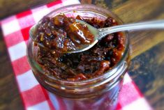 Bacon Jam {An Irresistible Spread}. something to surprise the fiancé with :) Bacon Recipes, Jam Recipes, Cooking Recipes, Bacon Meals, Cooking Bacon, Jelly Recipes, Milk Recipes, Cooking Tips, Recipies