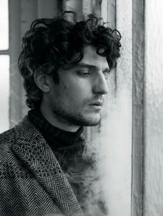 Louis Garrel para L'Officiel Hommes Italia Fall/winter 2016 por Stefano Galuzzi