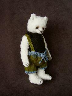 Dante, One Of a Kind Wool and Alpaca Artist Bear by Aerlinn Bears