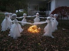 Ghosts around a Bonfire - Scary Halloween yard decoration