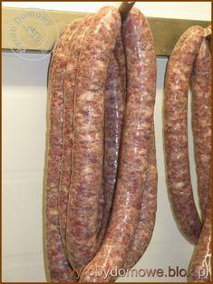 Kiełbasa polska wędzona z gorczycą Home Made Sausage, Sausage Making, How To Make Sausage, Food To Make, Polish Food, Polish Recipes, Polska Kielbasa, Homemade Sausage Recipes, Smokehouse
