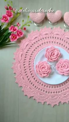 Crochet Cord, Crochet Geek, Diy Crochet, Crochet Crafts, Crochet Projects, Crochet Potholder Patterns, Crochet Placemats, Crochet Mandala Pattern, Lace Doilies