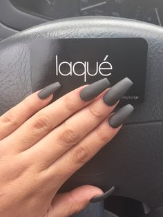 Nails, matte gray nails, acrylic nails coffin grey, matte olive green n Dark Grey Nails, Grey Matte Nails, Matte Olive Green Nails, Dark Color Nails, Accent Nails, Acrylic Nails Coffin Grey, Cute Nails, Pretty Nails, Ongles Beiges