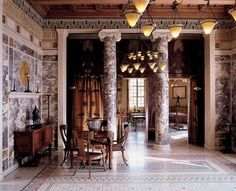 Ancient Rome floors were covered with marble tiles arranged in geometrical figures with contrasting colors.