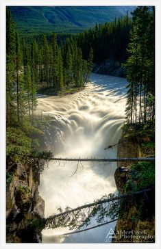 Sunwapta Falls, Canada. Photo © Cory_ACP / Flickr -----near Jasper, Alberta