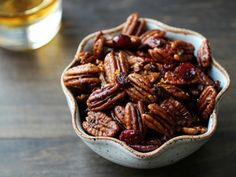 """Bourbon """"Old Fashioned"""" Glazed Pecans    These look amazing! An Old Fashioned is one of my favorite cocktails. Definitely going to try!"""