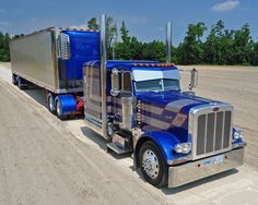 Peterbilt Custom 379 Truck. Love the paint scheme on this one!
