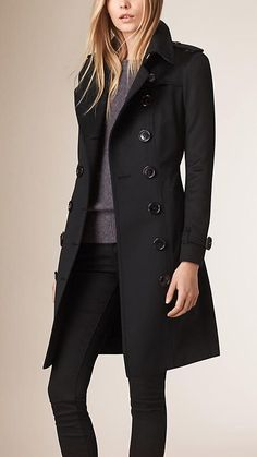 Black Sandringham Fit Cashmere Trench Coat Image 2 - Women Trench Coats - Ideas of Women Trench Coats Mode Outfits, Winter Outfits, Casual Outfits, Fashion Outfits, Womens Fashion, Fashion Trends, Trench Coat Outfit, Coat Dress, Look Fashion