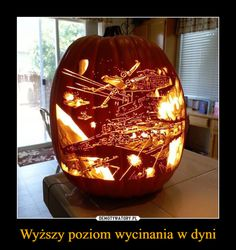 Post with 1800 votes and 83611 views. Tagged with star wars, awesome, halloween; Shared by Old but awesome Halloween Pumpkin Designs, Halloween Pumpkins, Halloween Crafts, Halloween Ideas, Happy Halloween, Star Wars Meme, Star Wars Art, Memes Fr, Daily Memes