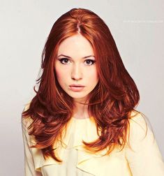 Karen Gillan/Amy Pond.... love this hair color. It's Amy Pond!!!!! I don't think Sabrina realized how amazing this is when she pinned