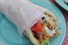 Griekse kip gyros met zelfgemaakt pita broodje