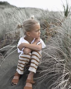 & boho child & bohemian style & young gypsy soul & earth baby & elements of bohemia & wild adventures & free spirit & bohemian baby & little wanderers & living free & Little Girl Fashion, Toddler Fashion, Kids Fashion, Babies Fashion, 50 Fashion, Fashion Styles, Cute Kids, Cute Babies, Beach Babies