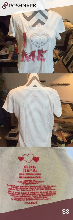 T Shirt   XL T Shirt.    XL.           White and pink ? Tops Tees - Short Sleeve