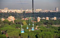 Blick vom Teleférico auf den Casa de Campo, Madrid.