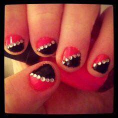 #nail #polish #design #rhinestones