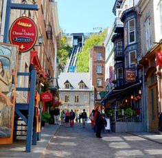 The funicular to the Upper Town. #Quebec #Canada