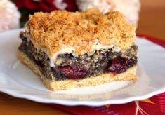 """Pleśniak"" ze śliwkami - DoradcaSmaku.pl Cookie Desserts, Dessert Recipes, Cake Cookies, Biscotti, Sweet Tooth, Caramel, Sandwiches, Deserts, Food And Drink"