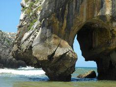 Asturias: Playa Cuevas de Mar, Llanes                                                                                                                                                                                 Más