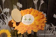 Bees exhibition at Karls Erlebnisdorf Wustermark | About flowers and bees  #interactive #exhibits #bees #exhibition #design  #Bienen #Ausstellung #Interaktive #Exponate #Ausstellungsdesign  #InteractiveExhibits #InteraktiveExponate #ClaudiaSchleyer