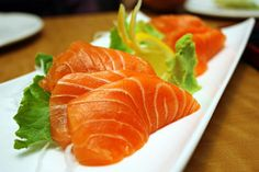 10 Super Foods That Lower Cholesterol (Plus Recipes): Salmon or Tuna