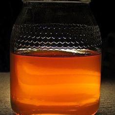Een mengsel van honing en kaneel zou de meeste ziekten kunnen genezen. Hiervan zijn ook sommige wetenschappers stilaan overtuigd. Honing is...