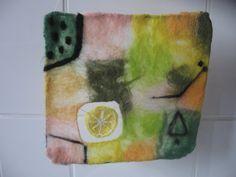 Filzbild, Fensterbild, CitronenKlee, Filzkunst von verfilzt & zugewebt auf DaWanda.com