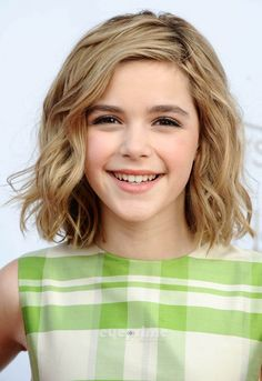 50 Cute Haircuts for Girls to Put You on Center Stage - Teen Shirts - Ideas of Teen Shirts - hair cuts for teen girls Wavy Haircuts, Teen Hairstyles, Cute Hairstyles For Short Hair, Trendy Hair, Formal Hairstyles, Beautiful Hairstyles, Kids Hairstyle, Short Haircuts For Kids, Funny Hairstyles