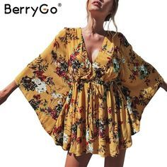 Berrygo flower print batwing sleeve summer dress women sexy v neck high waist beach dress bow Batwing Top, Batwing Sleeve, Flowery Dresses, Cotton Dresses, Mini Dress With Sleeves, Dress With Bow, Photos Bff, Streetwear, Photo Instagram