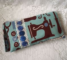 Sewing Purse with blue vintage buttons £8.00