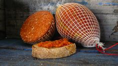 Have you ever wondered how to eat Spreadable Salami like Sobrasada and Nduja? We'll give you some tips for entertaining and cooking. Australia, Eat, Cooking, Food, Kitchen, Essen, Meals, Yemek, Brewing