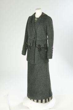 Jacket and skirt of wool and mohair, designed by Lucile, 1913-14. © Victoria and Albert Museum, London. See: http://collections.vam.ac.uk/item/O16824/jacket-lucile/