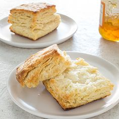 Ultimate Flaky Buttermilk Biscuits @keyingredient #easy