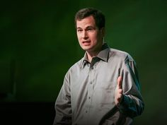 New York Times columnist David Pogue takes aim at technology's worst interface-design offenders, and provides encouraging examples of products that get it right. To funny things up, he bursts into song.