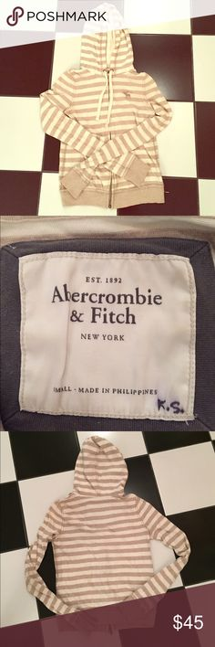 Abercrombie beige and cream striped jacket Abercrombie beige and cream striped jacket. Great condition with gentle wear. No trades. Please ask all questions before purchasing and use the offer button, thanks! Abercrombie & Fitch Jackets & Coats