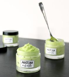This smooth and ultra creamy DIY matcha body butter is another wonderful, budget friendly holistic skin care recipe. A wonderful natural moisturizer, this holistic skin care recipe is made with natural antioxidant rich matcha green Matcha, Beauty Care, Beauty Skin, Beauty Tips, Diy Beauty, Beauty Products, Beauty Hacks, Skin Products, Natural Products
