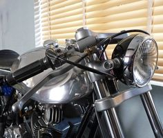 Ed Norton Commando Cafe Racer by Kim Boyle ~ Return of the Cafe Racers