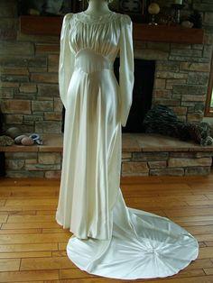 Vintage wedding gown wedding dress 1940s by RetroVintageWeddings, $500.00
