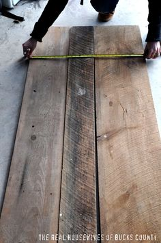 reclaimed barnwood coffee tableeverettco on scoutmob shoppe
