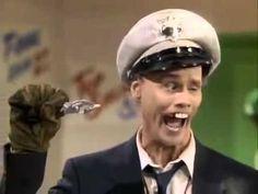 Джим Керри - Начальник пожарной охраны Билл.