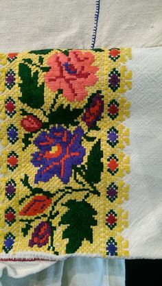 колодочки Bargello, Bohemian Rug, Folk, Cross Stitch, Traditional, Quilts, Blanket, Embroidery, Rugs