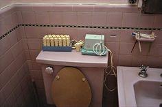 William Eggleston, Untitled [pink bathroom]