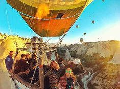 #goodmorning Today we have very nice weather in Cappadocia and so many balloons flying in the sky.Fantastic!. Tag someone who you'd like to do it with. Click the link to reserve your balloon flights: https://ift.tt/2u9hL3A