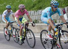 Mikel Landa vince a Madonna di Campiglio. Alberto Contador, terzo al traguardo, consolida la Maglia Rosa