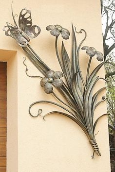 "Receive excellent pointers on ""metal tree wall art decor"". They are offered for you on our internet site. Metal Projects, Metal Crafts, Art Projects, Welding Projects, Welding Ideas, Sculpture Metal, Tree Sculpture, Sculptures, Tree Wall Decor"