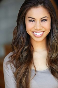 Ashley Argota: Claudia